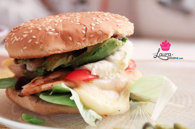 burger_paris_venice_beach_poulet_avocat_chèvre_raclette